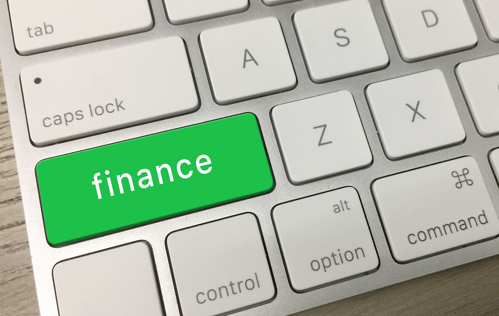 How to become a financial professional?