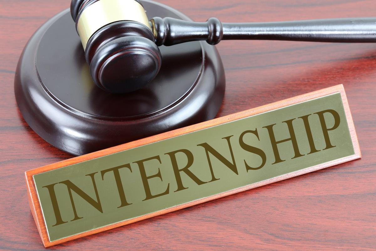 Importance of internships for law students